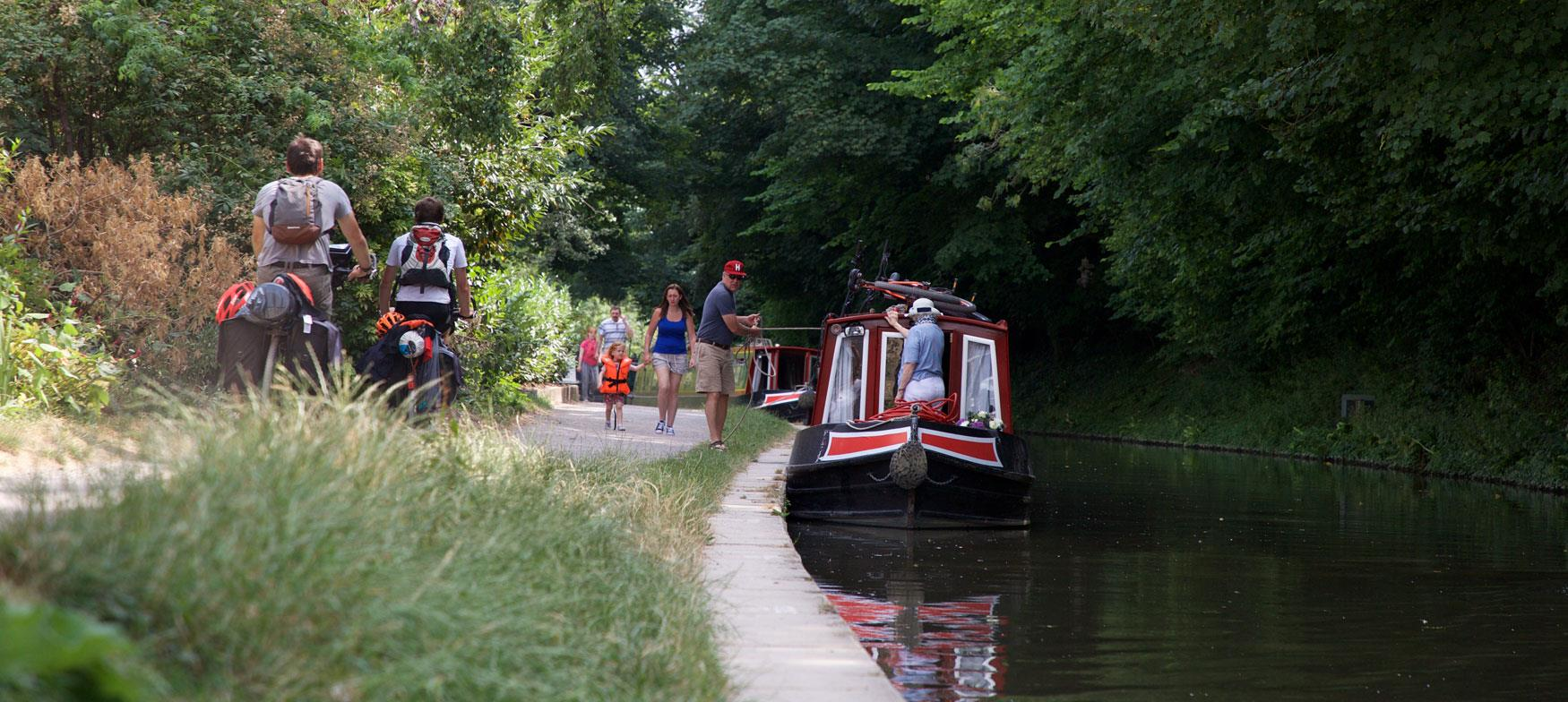 Cycling alongside Kennet and Avon Canal at Avoncliff